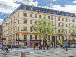 Außenansicht Julius Tandler Platz